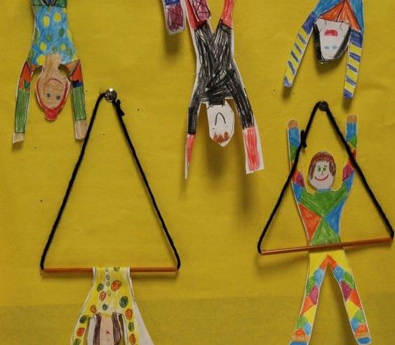 Atividade acrobata para o dia do circo